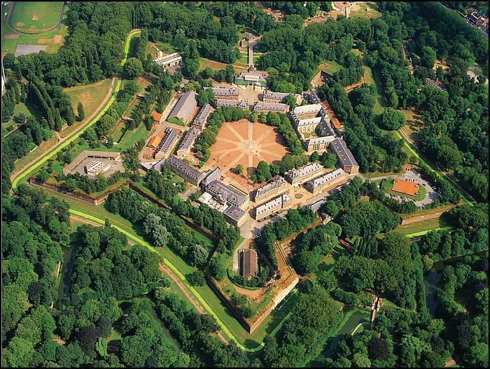 крепость Вобана
